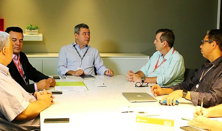 Bosco Martins e Nicomedes Silva Filho conduziram a reunião que renovou o acordo Fertel-RMC
