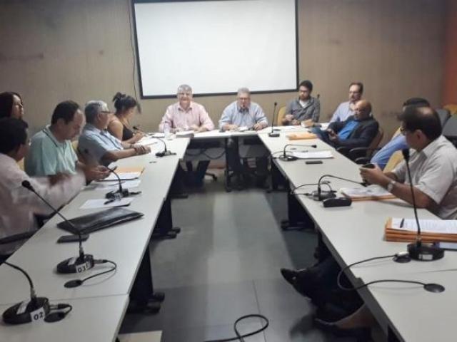 Reunião aprova incentivos para instalação de empresas na cidade
