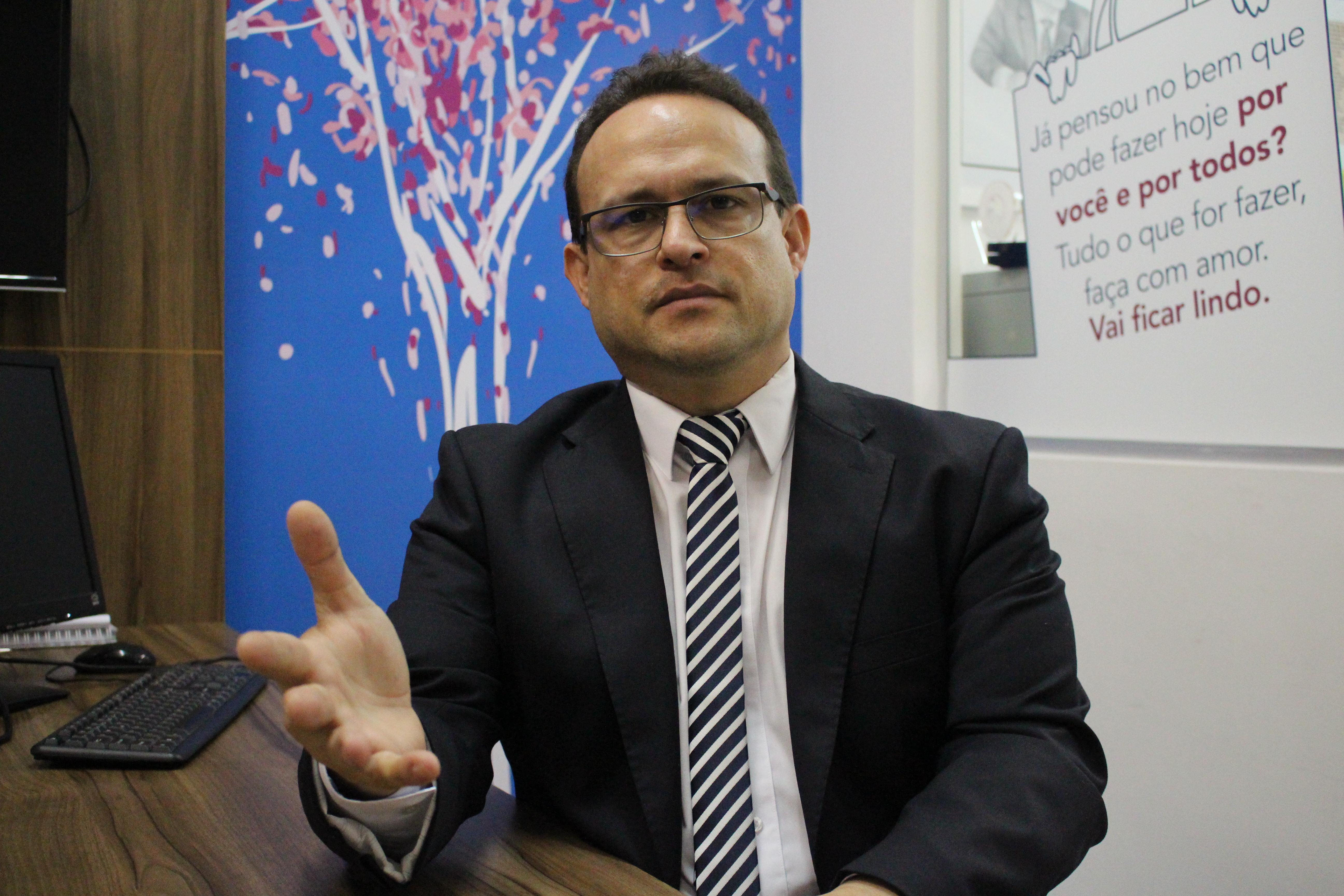 Dr. Lívio: esforço redobrado para que o consumidor seja protegido de abusos