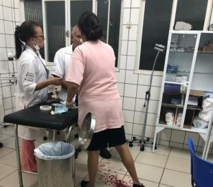 O enfermeiro ferido: má gestão expõe profissional a agressões e constrangimentos