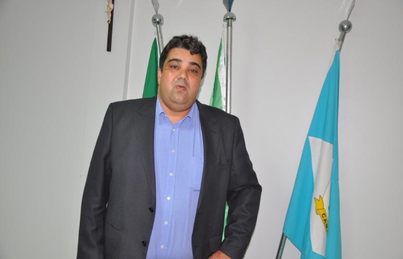 vereadores-câmara-municipal-camapuã-ms-sessão-votação-cassação-prefeito-delano-huber-improbidade-administrativa-2019
