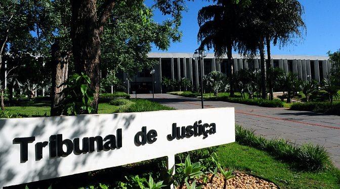 As oportunidades são para estudantes do curso superior de Direito