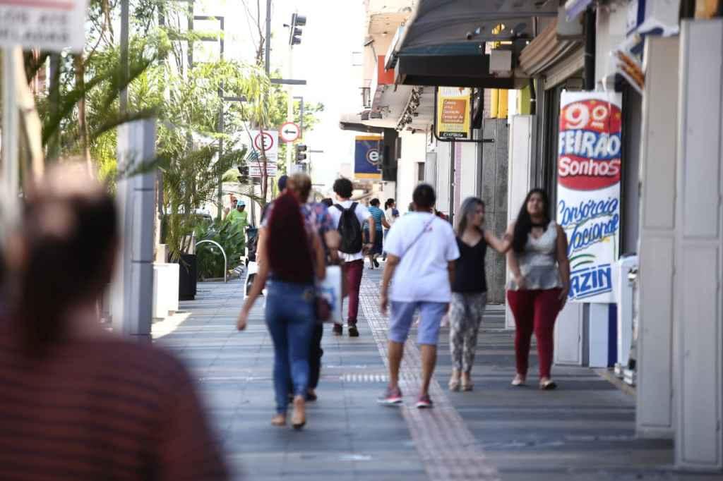 Empresários estão apreensivos com questões trabalhistas em período sem vendas