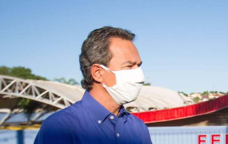 Uso de máscaras passa a ser obrigatório e prefeito toma novas providências com expansão da pandemia