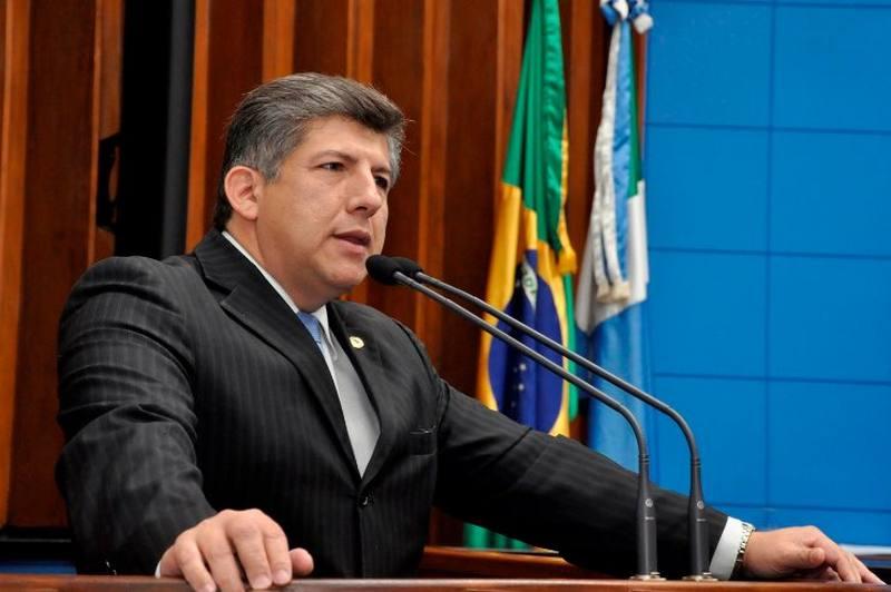 """""""De cada 10 mulheres, pelo menos três passam pela doença"""", informa o deputado estadual Lídio Lopes, autor da proposta"""
