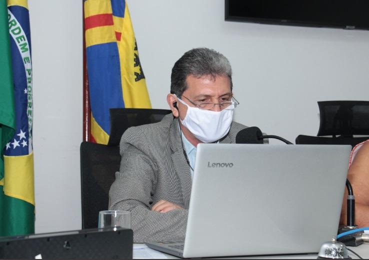 João Rocha, presidente da Câmara: boas notícias no caminho