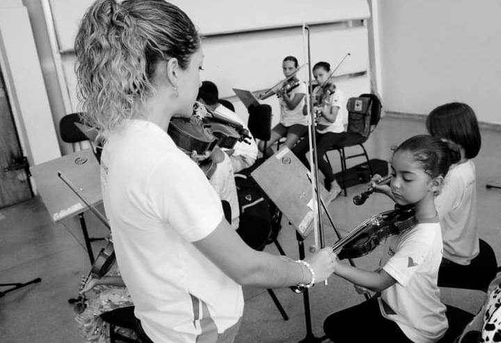 A instituição atende cerca de 440 crianças e adolescentes na região de Corumbá