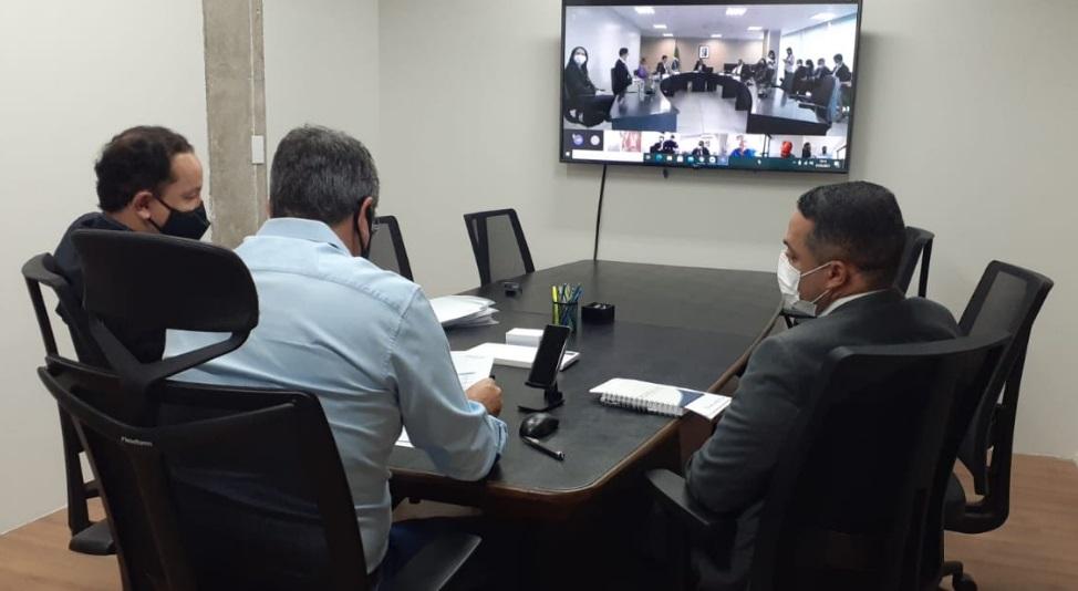 Presidente da Sanesul e secretário de Infraestrutura debateram solução com o ministro