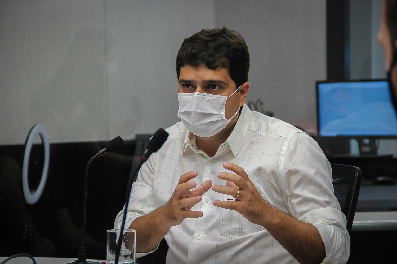 O presidente da entidade, Valdir Júnior, parabeniza e pede apoio aos prefeitos e prefeitas no combate à pandemia