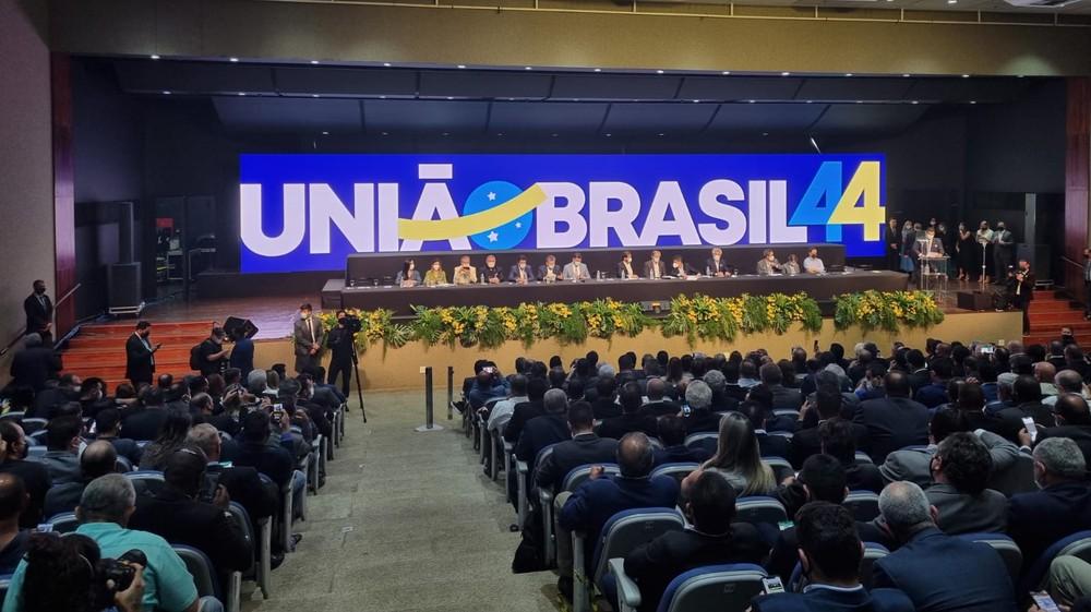 Com ex-bolsonaristas, União Brasil é maior bancada no Congresso Nacional